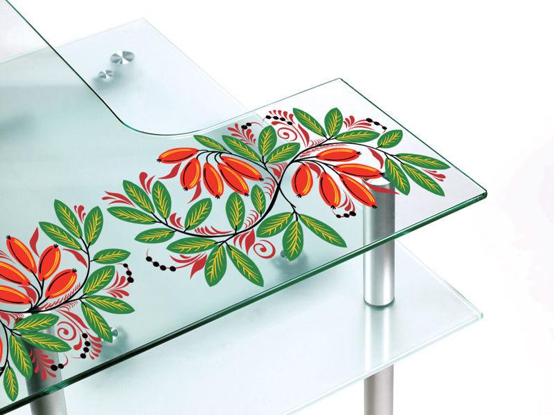 фото ультрафиолетовой печати на стеклянном столе